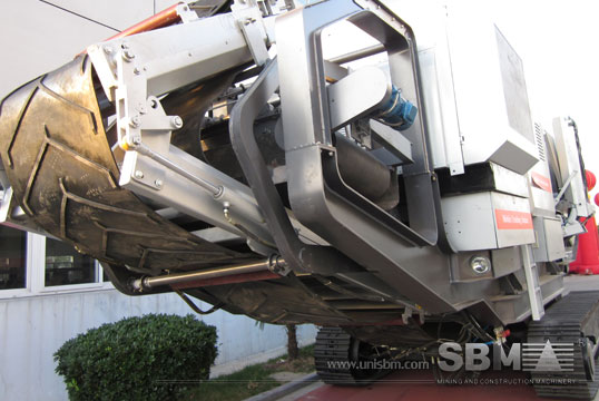 track mounted crushing plant